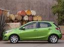 Фото авто Mazda 2 DE [рестайлинг], ракурс: 90 цвет: зеленый