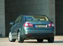 Фото авто Volkswagen Jetta 5 поколение, ракурс: 180 цвет: синий