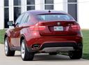 Фото авто BMW X6 E71/E72, ракурс: 135 цвет: красный