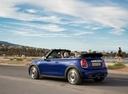Фото авто Mini Cabrio F57 [рестайлинг], ракурс: 135 цвет: синий