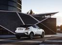 Фото авто Toyota C-HR 1 поколение, ракурс: 225 цвет: белый