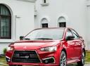 Фото авто Mitsubishi Lancer X [2-й рестайлинг], ракурс: 45 цвет: красный
