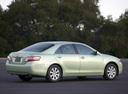 Фото авто Toyota Camry XV40, ракурс: 225 цвет: салатовый