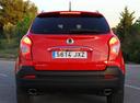 Фото авто SsangYong Korando 3 поколение [2-й рестайлинг], ракурс: 180 цвет: красный