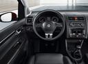 Фото авто Volkswagen Touran 1 поколение [2-й рестайлинг], ракурс: рулевое колесо