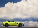 Фото авто Aston Martin Vantage 4 поколение, ракурс: 90 цвет: серый