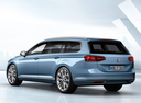 Фото авто Volkswagen Passat B8, ракурс: 135 цвет: синий