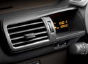 Фото авто Toyota iQ 1 поколение, ракурс: элементы интерьера