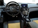 Фото авто Cadillac CTS 2 поколение, ракурс: рулевое колесо