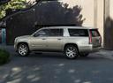 Фото авто Cadillac Escalade 4 поколение, ракурс: 90 цвет: серебряный