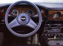 Фото авто Aston Martin Vantage 1 поколение, ракурс: торпедо