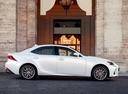 Фото авто Lexus IS XE30 [рестайлинг], ракурс: 270 цвет: белый