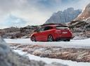 Фото авто Subaru Impreza 5 поколение, ракурс: 135 цвет: красный