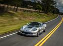 Фото авто Chevrolet Corvette C7, ракурс: 45 цвет: серебряный