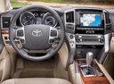 Фото авто Toyota Land Cruiser J200 [рестайлинг], ракурс: рулевое колесо