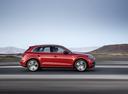 Фото авто Audi Q5 2 поколение, ракурс: 270 цвет: вишневый
