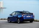 Фото авто Toyota Prius 4 поколение, ракурс: 135 цвет: синий