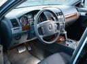 Фото авто Volkswagen Touareg 1 поколение [рестайлинг], ракурс: торпедо