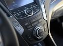 Фото авто Hyundai Santa Fe DM, ракурс: центральная консоль
