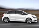 Фото авто Audi A1 8X, ракурс: 270 цвет: белый