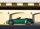 Фото авто Aston Martin Vantage 3 поколение [2-й рестайлинг], ракурс: 90 цвет: зеленый