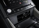 Фото авто Lexus IS XE30, ракурс: центральная консоль