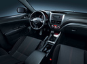 Фото авто Subaru Impreza 3 поколение [рестайлинг], ракурс: торпедо