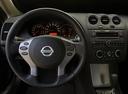 Фото авто Nissan Altima L32, ракурс: приборная панель