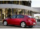 Фото авто Chevrolet Cruze J300 [рестайлинг], ракурс: 135 цвет: красный