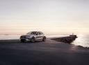 Фото авто Volvo S60 3 поколение, ракурс: 45 цвет: серебряный