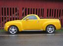 Фото авто Chevrolet SSR 1 поколение, ракурс: 90 цвет: желтый