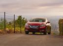 Фото авто Nissan Leaf 2 поколение, ракурс: 45 цвет: красный