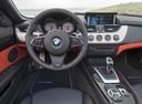 Фото авто BMW Z4 E89, ракурс: рулевое колесо