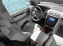 Фото авто Mercedes-Benz R-Класс W251, ракурс: торпедо