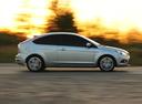 Фото авто Ford Focus 2 поколение [рестайлинг], ракурс: 270 цвет: серебряный