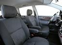 Фото авто Toyota Avensis Verso 1 поколение, ракурс: сиденье