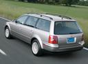 Фото авто Volkswagen Passat B5.5 [рестайлинг], ракурс: 135 цвет: серебряный