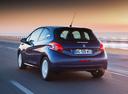 Фото авто Peugeot 208 1 поколение, ракурс: 135 цвет: синий
