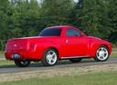 Фото авто Chevrolet SSR 1 поколение, ракурс: 225 цвет: красный