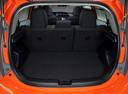 Фото авто Toyota Prius C 1 поколение, ракурс: багажник
