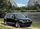 Фото авто Volkswagen Touareg 1 поколение, ракурс: 315 цвет: черный