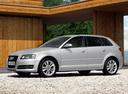 Фото авто Audi A3 8P/8PA [2-й рестайлинг], ракурс: 45 цвет: серебряный