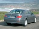 Фото авто BMW 5 серия E60/E61 [рестайлинг], ракурс: 225 цвет: серый