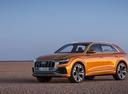 Фото авто Audi Q8 1 поколение, ракурс: 45 цвет: оранжевый