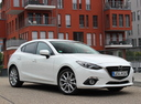 Фото авто Mazda 3 BM, ракурс: 315 цвет: белый