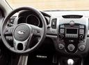 Фото авто Kia Cerato 2 поколение, ракурс: рулевое колесо