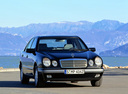 Фото авто Mercedes-Benz E-Класс W210/S210,  цвет: черный