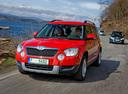Фото авто Skoda Yeti 1 поколение, ракурс: 45 цвет: красный