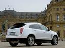 Фото авто Cadillac SRX 2 поколение [рестайлинг], ракурс: 225 цвет: белый