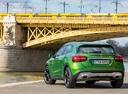 Фото авто Mercedes-Benz GLA-Класс X156 [рестайлинг], ракурс: 180 цвет: зеленый